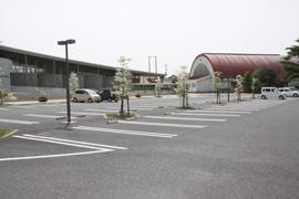専用駐車場:68台