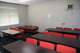 2F 学習室(15名)