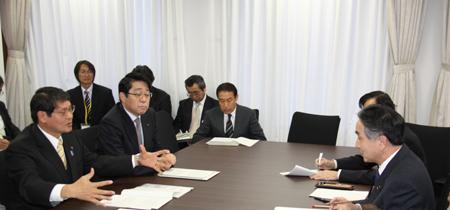 液状化対策への思いを語る松田会長