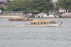 遊覧船(十二橋めぐり)