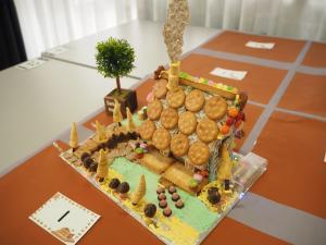 お菓子の家づくり6