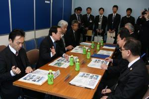 渡辺復興大臣 視察4