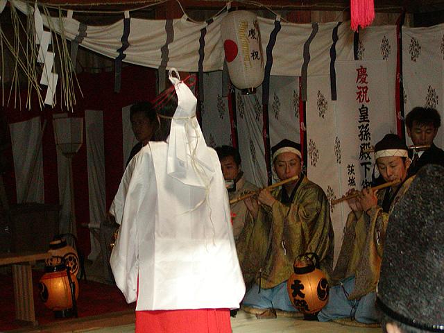 巫女舞神事(大生神社)1大